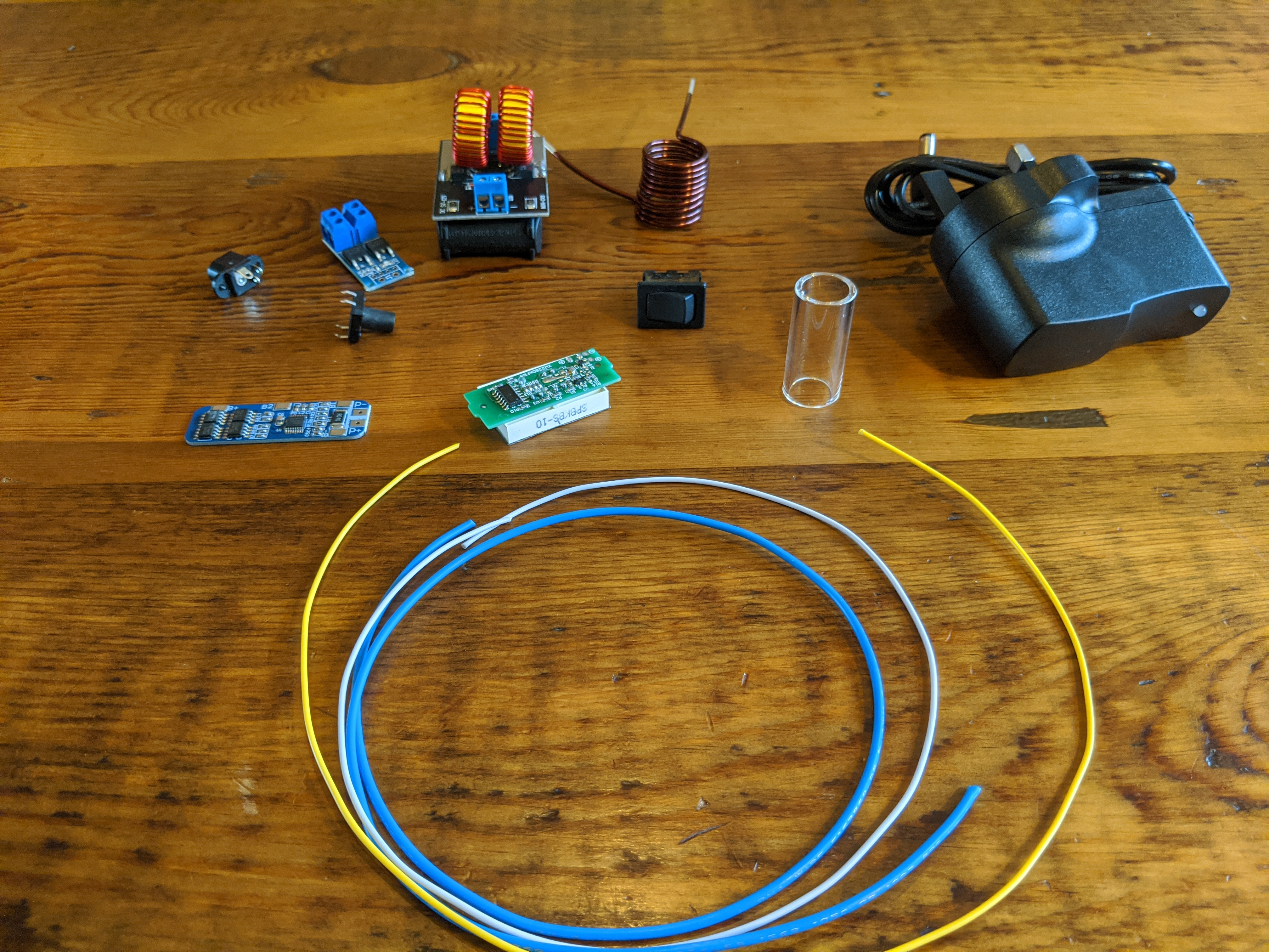 Components of the VapOven Elements Battery DIY Kit to build your own DynaVap induction heater