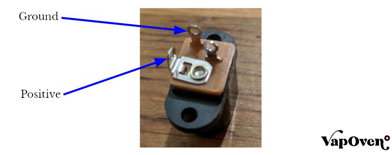 How to Wire a Keyhole Power Connector